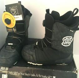 $140 Flow Rival Jr BOA Snowboard Boot Black Size 6 Boys Yout