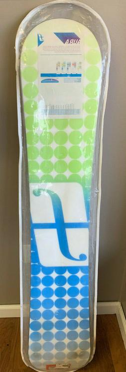FORUM AURA 149 WOMENS SNOWBOARD NEW NEVER USED FREE SHIPPING