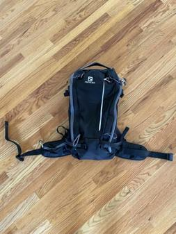 Brand New Salomon Quest 30 Backpack, Hiking, Skiing, Snowboa
