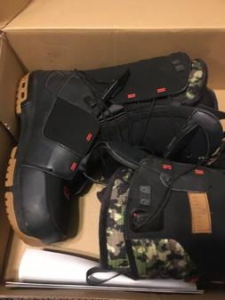 Salomon Snowboard Camouflage Pattern Wide Boots DIALOGUE S 9
