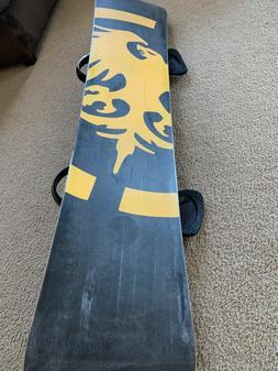 Snowboard- Never Summer Raptor with Burton CO2 Bindings